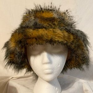 Animal Faux Fur winter bucket hat